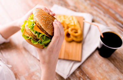 Unusual Side Effects of Eating Fast Foods