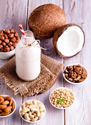 Delicious Non-Dairy Milks You Should Drink