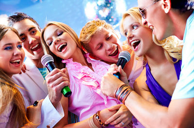 6 Major Benefits of Singing