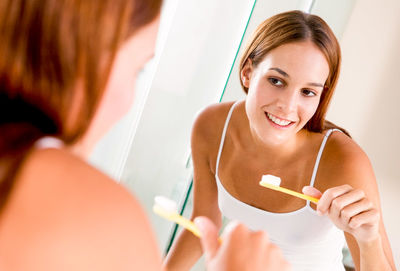 Are Your Brushing Your Teeth Wrong?