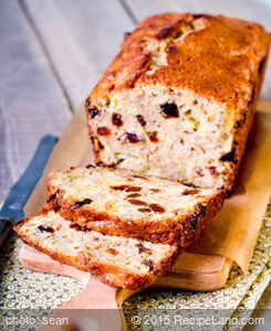 Amazin' Raisin Cake