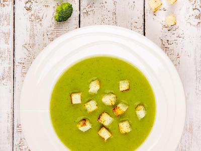 Low-Fat Broccoli Soup