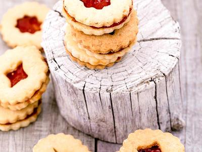 Yummy Linzer Cookies