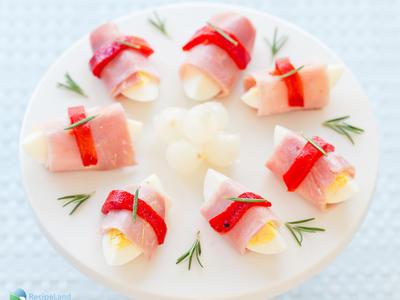 Ham n' Egg Wraps