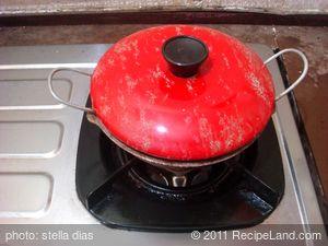 Homemade Coconut Treacle (Pani) Hoppers