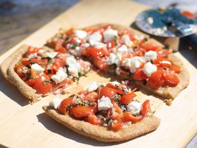 Bruschetta Pizza with Garlic-Olive oil
