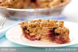 Apple Blueberry Crumble Pie