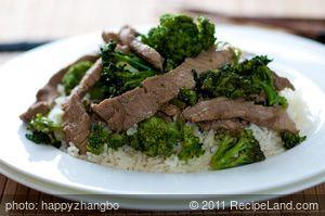 15 Minute Broccoli Beef (Easy)