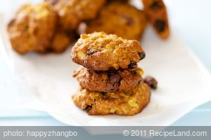 Apple-Oatmeal-Raisin Cookies