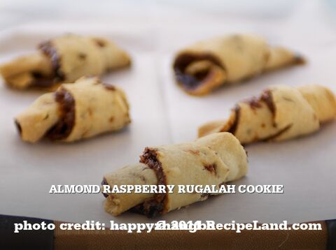 Almond Raspberry Rugalah Cookie