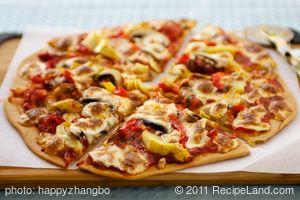 Artichoke Hearts, Roasted Bell Pepper and Fresh Mozzarella Pizza